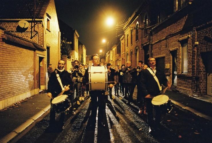 parade dans les rues de Douai